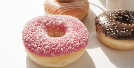 Вкуснейший набор из 6 пончиков от Fun Donuts