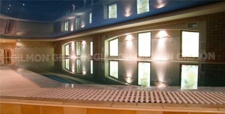 """Свободное плавание для детей и взрослых, посещение сауны компанией до 30 человек и аренда зала в круглосуточном оздоровительном центре """"ТАМИКО""""."""